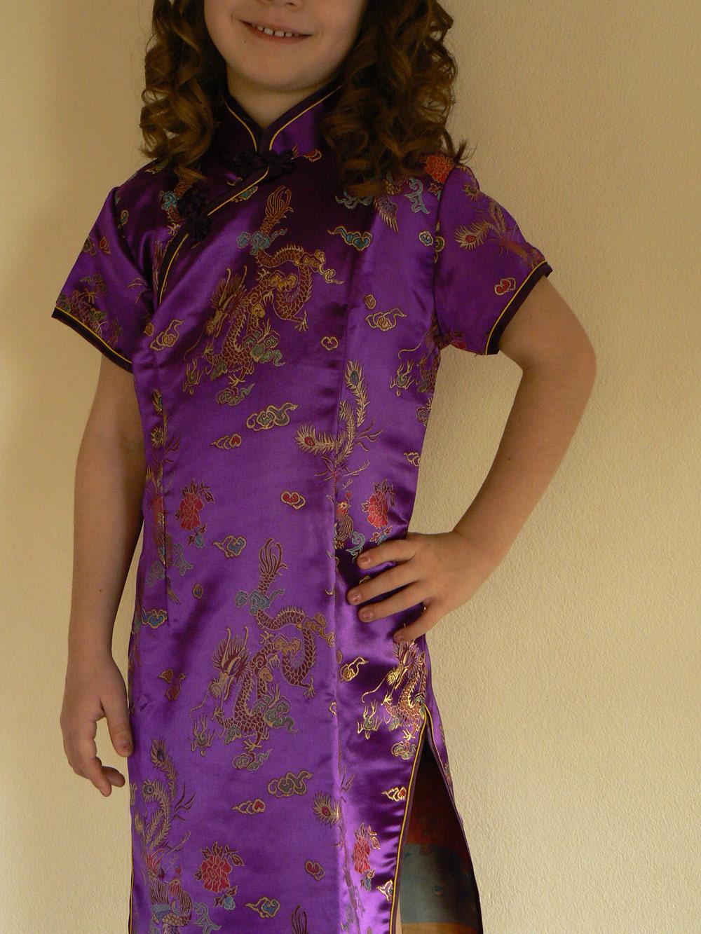 61b75e64cb58 Kinesisk kjole - Lilla str. 8-10 år 134cm -